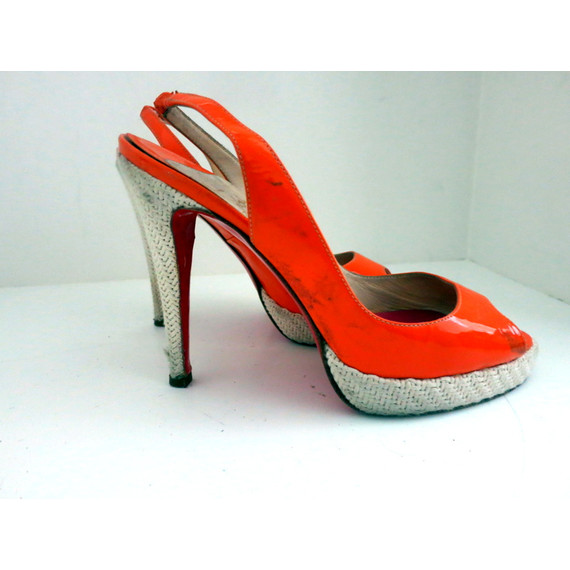 Christian Louboutin Coral Patent Peep Toe Sandals Sling Back Pumps