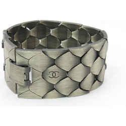 Chanel 98a Python Scale Metal Link Chain Mesh Bracelet Cuff Bangle 860733