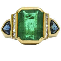 Emerald Diamond Sapphire Ring in 18k Yellow Gold with UGS Report ( 7.85 ct tw )