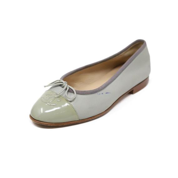 Chanel Green Lambskin Leather Flats Sz 36