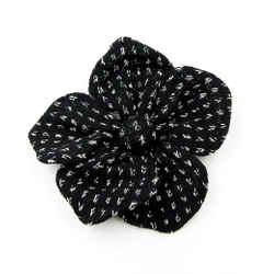 New St John Knits Camellia Flower Brooch Pin Black White Pliable Collectible