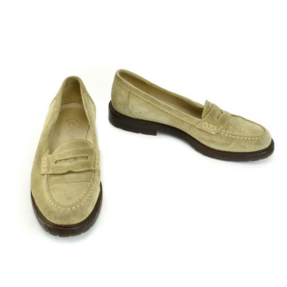 """Chanel: Beige, Leather & """"cc"""" Logo Loafers/flats Sz: 5m"""