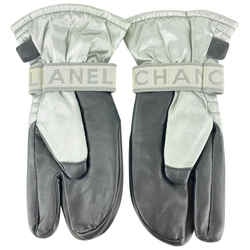 Chanel Grey CC Mitten Gloves Snow Ski Snowboard 861846