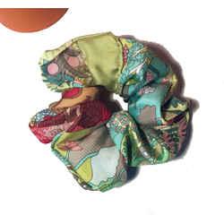 Hermes Vintage Handmade Tout en Quilt Silk Scarf Scrunchie in Chartreuse