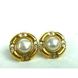 Chanel 93a CC Gold Pearl Earring Medium 8c612