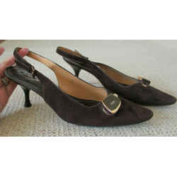 Tod's Plum Suede Slingbacks With Gold Decorative Detail At The Front - Size 10