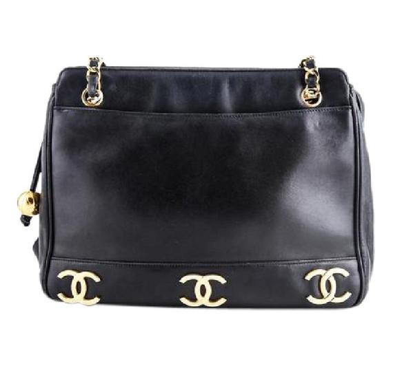 Chanel Vintage Shoulder Bag Black Leather