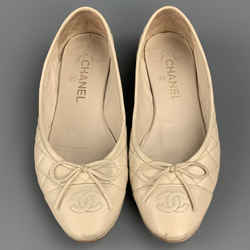 CHANEL Size 7.5 Beige Quilted Leather Ballet Flats